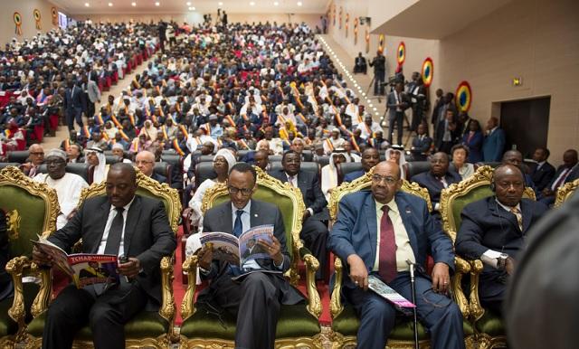 Deby Museveni 1